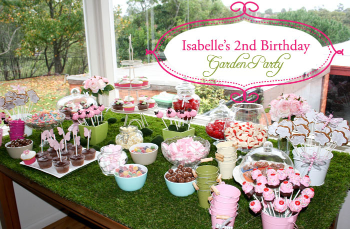 Isabelle\'s 2nd birthday garden party : hootinvitations.com.au